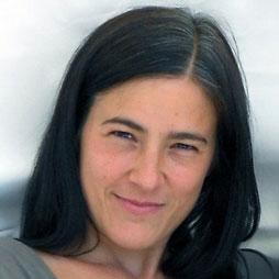Gestalttherapeutin und Heldenreiseleiterin Ninon von HeldenGestalt Heldenreise Berlin
